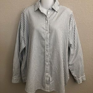 Levi's striped loose fit button down shirt